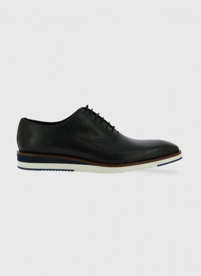 Leather brogue shoe by Stanbridge
