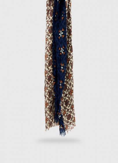 wrinkle-effect fancy pattern scarf Emmanuelle Khanh