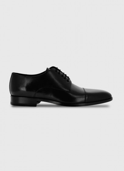 Leather derby shoe by Sevenson